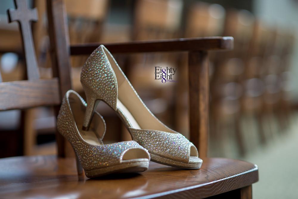 Eighty-Eight-Photo-Photographer-Photography-Ohio-700-Beta-Squires-Castle-Bride-Groom-Unique-Beautiful-7