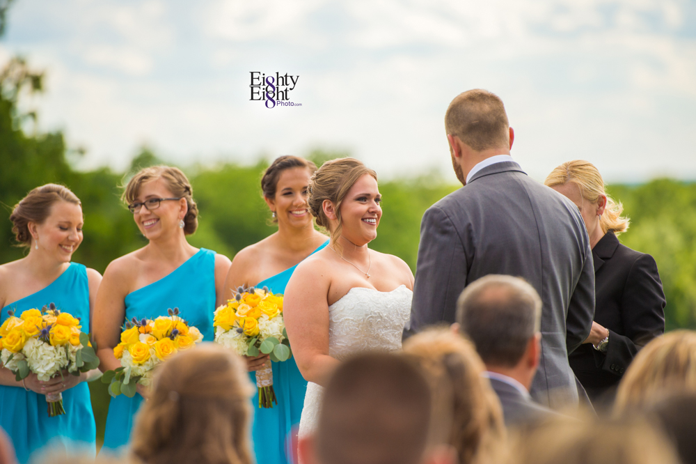 Eighty-Eight-Photo-Photographer-Photography-Ohio-Mapleside-Farms-Bride-Groom-Unique-Beautiful-Brunswick-Farm-22