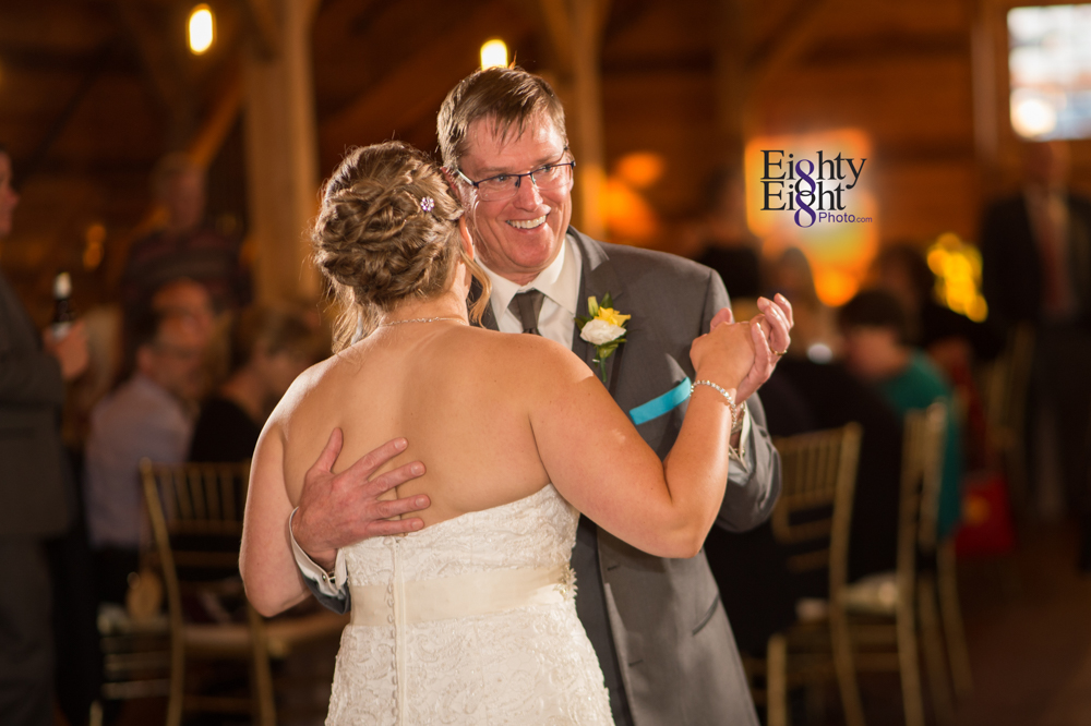 Eighty-Eight-Photo-Photographer-Photography-Ohio-Mapleside-Farms-Bride-Groom-Unique-Beautiful-Brunswick-Farm-50