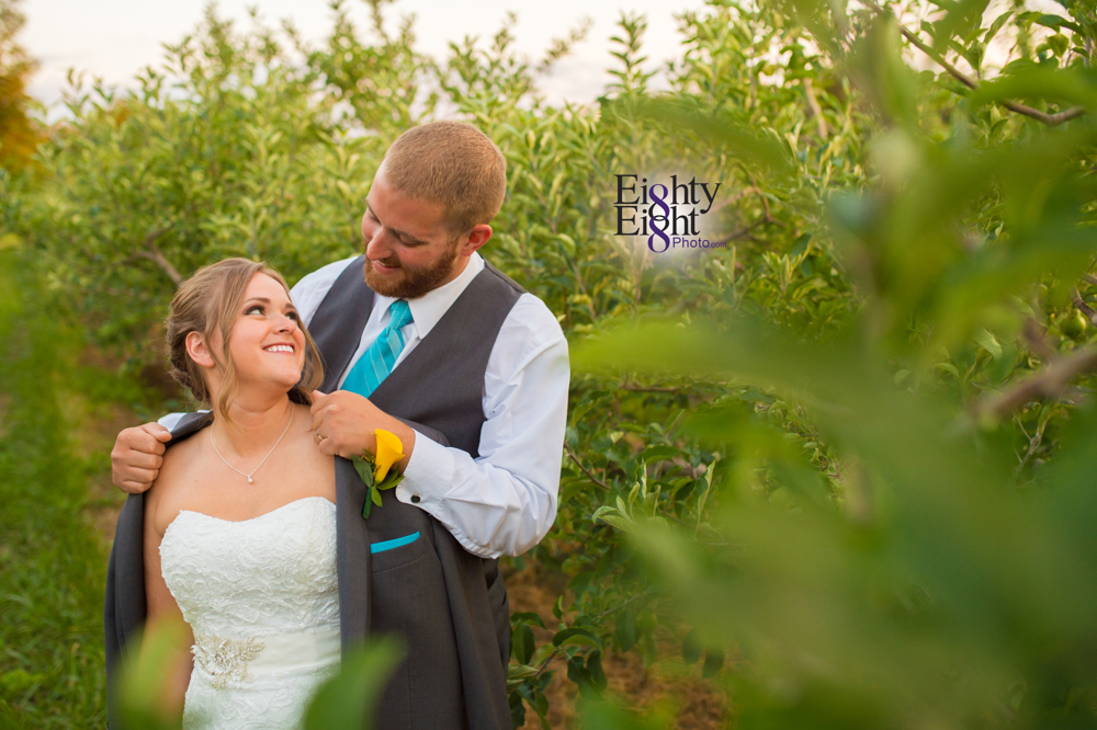 Eighty-Eight-Photo-Photographer-Photography-Ohio-Mapleside-Farms-Bride-Groom-Unique-Beautiful-Brunswick-Farm-57