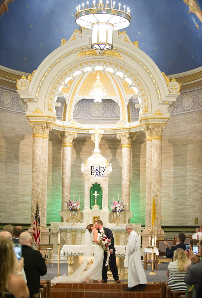 Eighty-Eight-Photo-Photographer-Photography-wedding-st-clarence-pavillion-cleveland-art-museum-flats-22