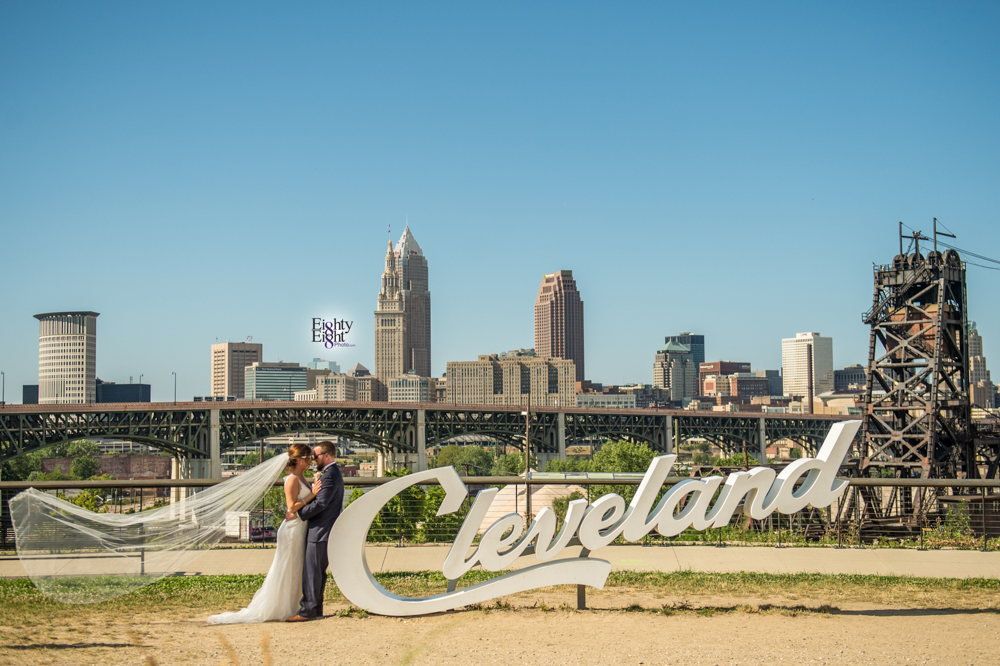 Eighty-Eight-Photo-Photographer-Photography-wedding-st-clarence-pavillion-cleveland-art-museum-flats-46