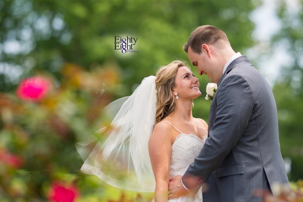 Eighty-Eight-Photo-Photographer-Photography-Aurora-Ohio-Barrington-Golf-Club-Wedding-Outdoor-Ceremony-Bride-Groom-Unique-Wedding-Party-27