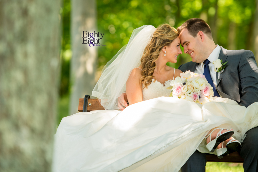 Eighty-Eight-Photo-Photographer-Photography-Aurora-Ohio-Barrington-Golf-Club-Wedding-Outdoor-Ceremony-Bride-Groom-Unique-Wedding-Party-34