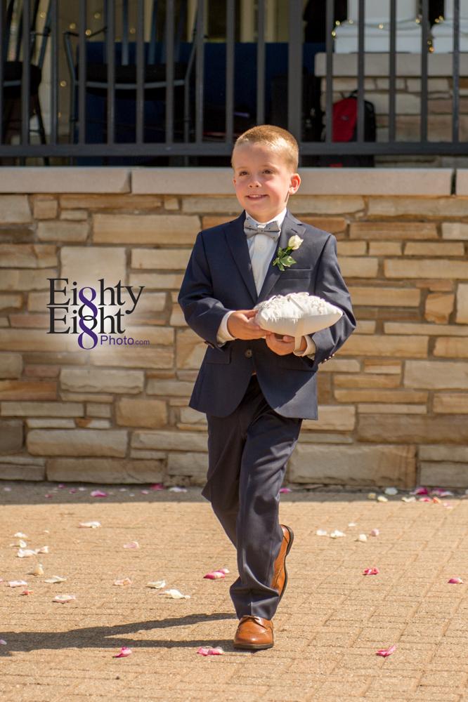 Eighty-Eight-Photo-Photographer-Photography-Aurora-Ohio-Barrington-Golf-Club-Wedding-Outdoor-Ceremony-Bride-Groom-Unique-Wedding-Party-41