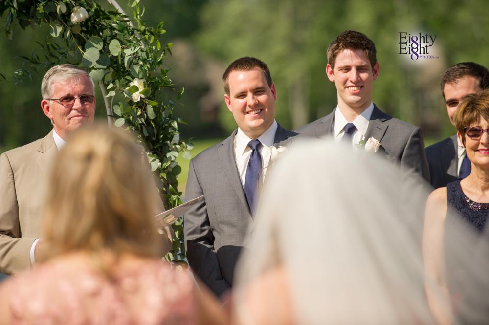 Eighty-Eight-Photo-Photographer-Photography-Aurora-Ohio-Barrington-Golf-Club-Wedding-Outdoor-Ceremony-Bride-Groom-Unique-Wedding-Party-43