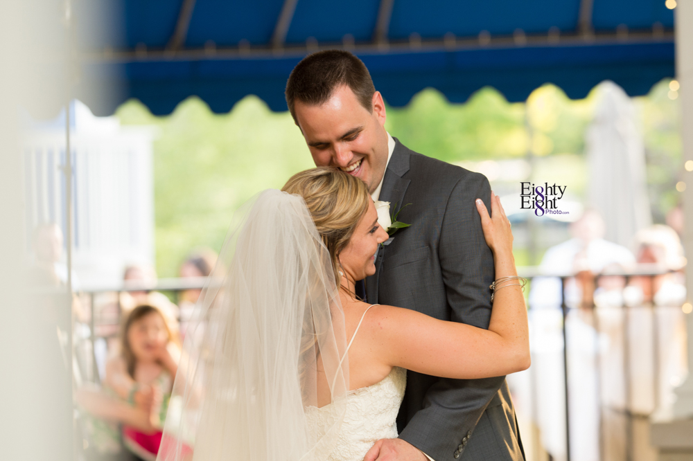 Eighty-Eight-Photo-Photographer-Photography-Aurora-Ohio-Barrington-Golf-Club-Wedding-Outdoor-Ceremony-Bride-Groom-Unique-Wedding-Party-67