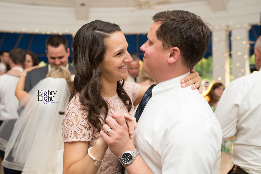 Eighty-Eight-Photo-Photographer-Photography-Aurora-Ohio-Barrington-Golf-Club-Wedding-Outdoor-Ceremony-Bride-Groom-Unique-Wedding-Party-72