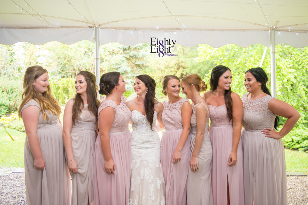 Eighty-Eight-Photo-Photographer-Photography-Ohio-Thorn-Creek-Winery-Wedding-Bride-Groom-Unique-Wedding-Party-Outdoor-Aurora-Beautiful-19