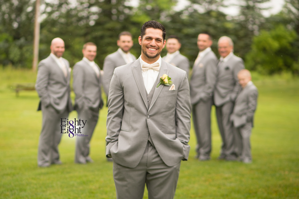Eighty-Eight-Photo-Photographer-Photography-Ohio-Thorn-Creek-Winery-Wedding-Bride-Groom-Unique-Wedding-Party-Outdoor-Aurora-Beautiful-22