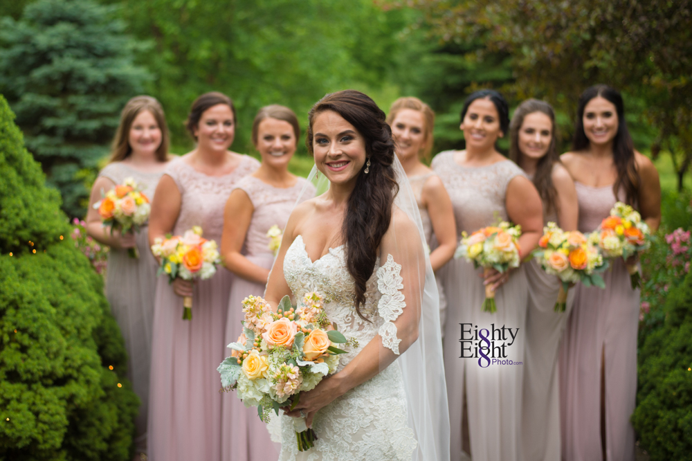 Eighty-Eight-Photo-Photographer-Photography-Ohio-Thorn-Creek-Winery-Wedding-Bride-Groom-Unique-Wedding-Party-Outdoor-Aurora-Beautiful-23