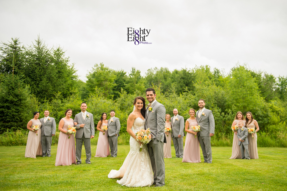 Eighty-Eight-Photo-Photographer-Photography-Ohio-Thorn-Creek-Winery-Wedding-Bride-Groom-Unique-Wedding-Party-Outdoor-Aurora-Beautiful-38