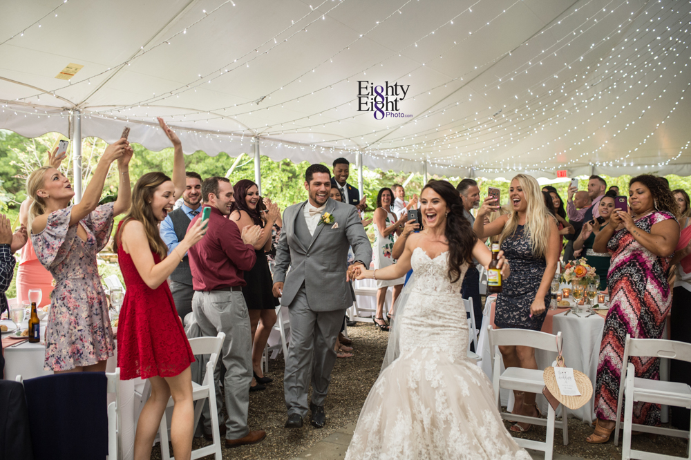 Eighty-Eight-Photo-Photographer-Photography-Ohio-Thorn-Creek-Winery-Wedding-Bride-Groom-Unique-Wedding-Party-Outdoor-Aurora-Beautiful-53