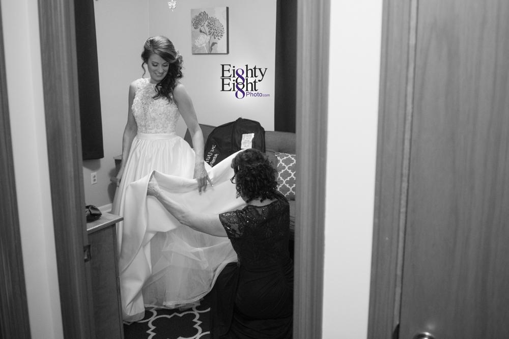 Eighty-Eight-Photo-Wedding-Photography-Cleveland-Photographer-100th-Bomb-Group-Reception-Ceremony-The-Flats-Skyline-6