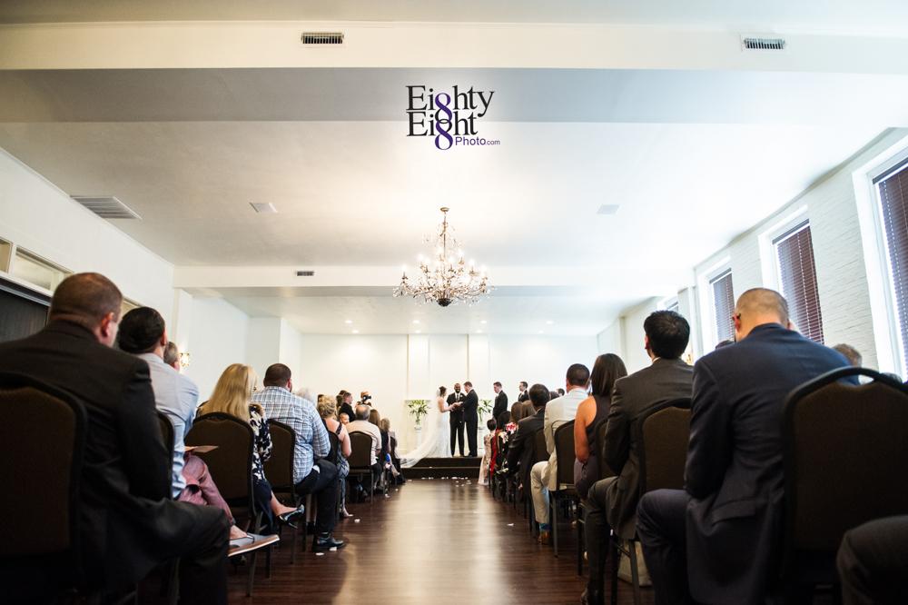 Eighty-Eight-Photo-Wedding-Photography-Cleveland-Photographer-Reception-Ceremony-Aherns-Ahern-Inn-Avon-Ohio-Severance-Hall-Wade-Lagoon-Cleveland-Art-Museum-22