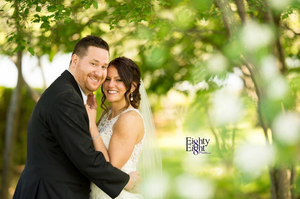 Eighty-Eight-Photo-Wedding-Photography-Cleveland-Photographer-Reception-Ceremony-Aherns-Ahern-Inn-Avon-Ohio-Severance-Hall-Wade-Lagoon-Cleveland-Art-Museum-36