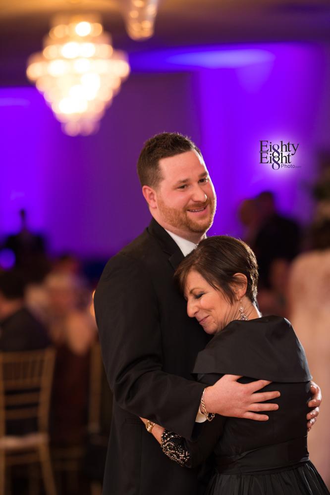 Eighty-Eight-Photo-Wedding-Photography-Cleveland-Photographer-Reception-Ceremony-Aherns-Ahern-Inn-Avon-Ohio-Severance-Hall-Wade-Lagoon-Cleveland-Art-Museum-55