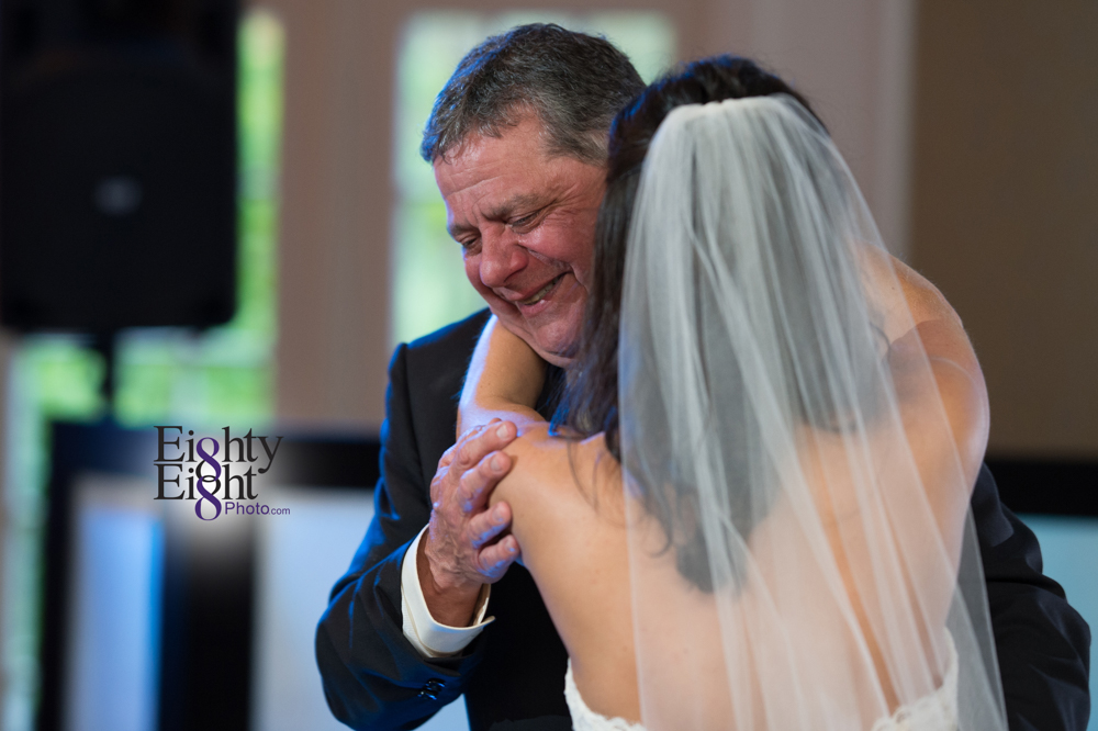 Eighty-Eight-Photo-Wedding-Photography-Cleveland-Photographer-Reception-Ceremony-The-Avalon-Country-Club-Warren-Canton-Ohio-Youngstown-54