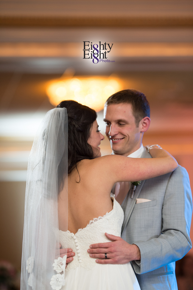 Eighty-Eight-Photo-Wedding-Photography-Cleveland-Photographer-Reception-Ceremony-The-Avalon-Country-Club-Warren-Canton-Ohio-Youngstown-57