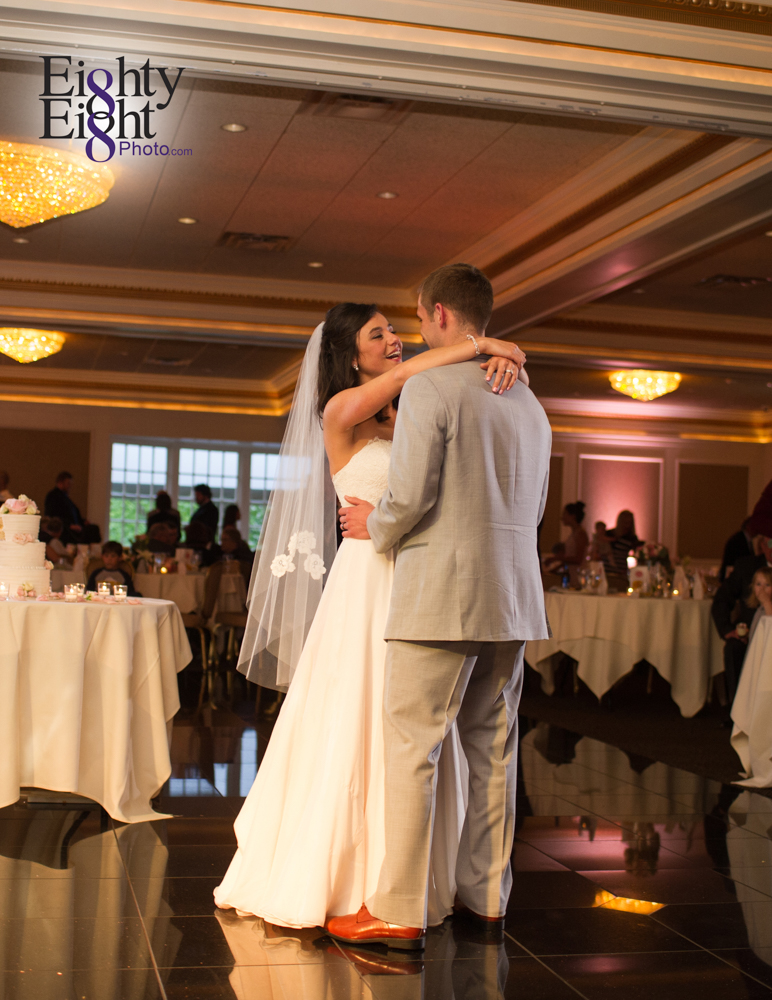 Eighty-Eight-Photo-Wedding-Photography-Cleveland-Photographer-Reception-Ceremony-The-Avalon-Country-Club-Warren-Canton-Ohio-Youngstown-58