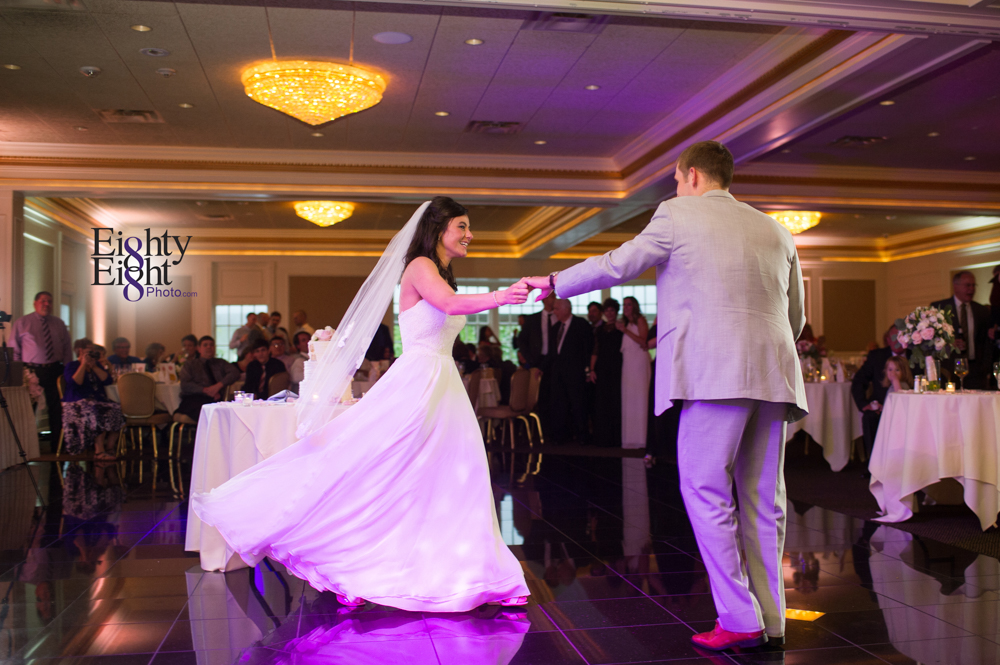 Eighty-Eight-Photo-Wedding-Photography-Cleveland-Photographer-Reception-Ceremony-The-Avalon-Country-Club-Warren-Canton-Ohio-Youngstown-60