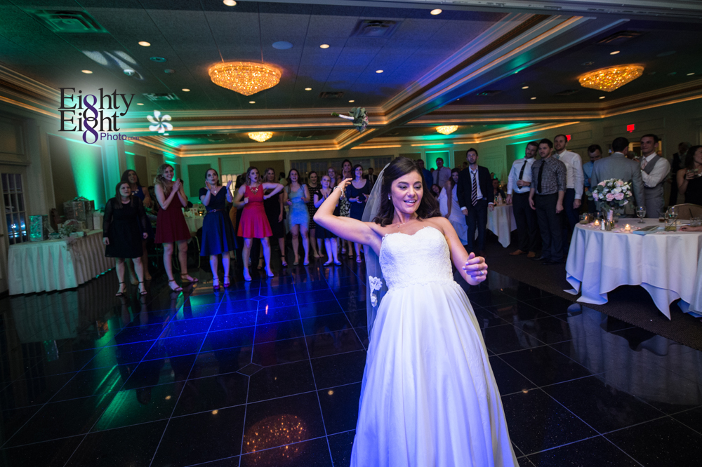 Eighty-Eight-Photo-Wedding-Photography-Cleveland-Photographer-Reception-Ceremony-The-Avalon-Country-Club-Warren-Canton-Ohio-Youngstown-66