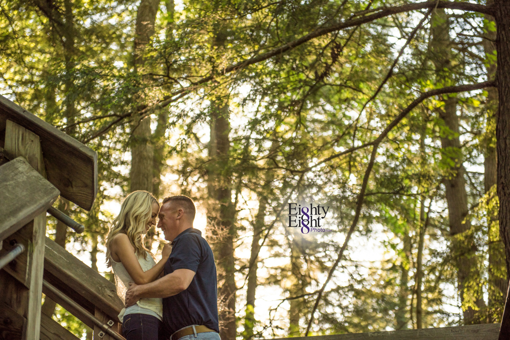Eighty-Eight-Photo-wedding-photography-photographer-brandywine-falls-outdoor-engagement-session-Cleveland-Photographer-waterfall-13