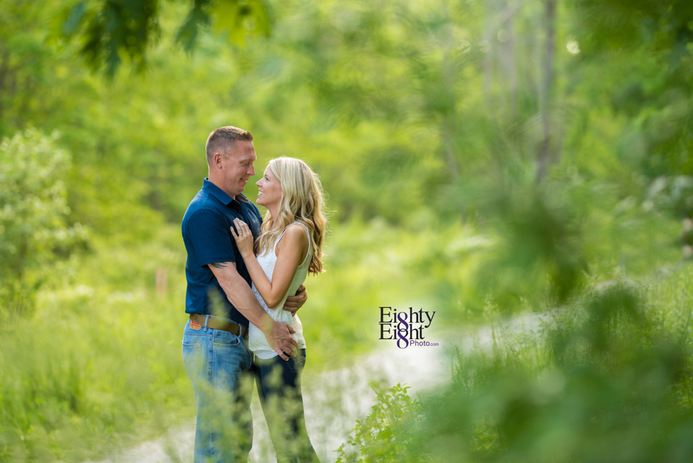Eighty-Eight-Photo-wedding-photography-photographer-brandywine-falls-outdoor-engagement-session-Cleveland-Photographer-waterfall-3