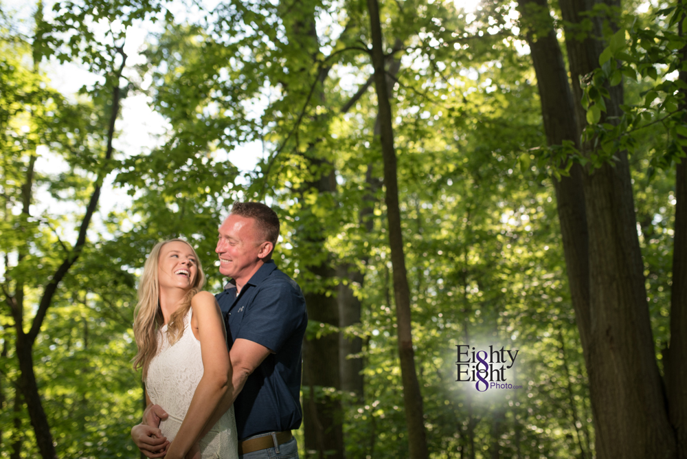 Eighty-Eight-Photo-wedding-photography-photographer-brandywine-falls-outdoor-engagement-session-Cleveland-Photographer-waterfall-7