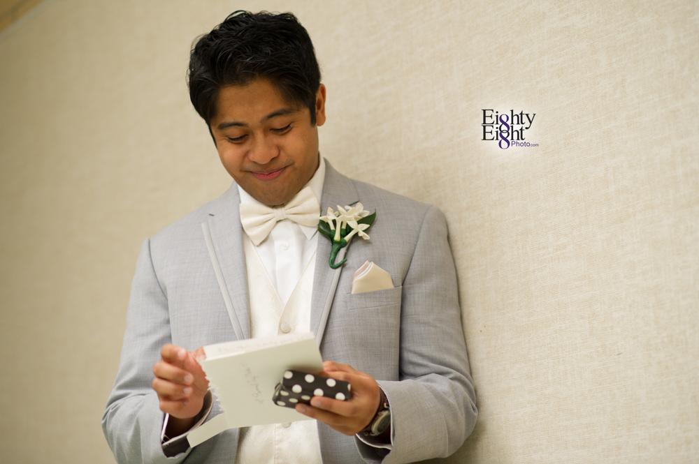 Eighty-Eight-Photo-Photographer-Photography-Ohio-700-Beta-Squires-Castle-Bride-Groom-Unique-Beautiful-11