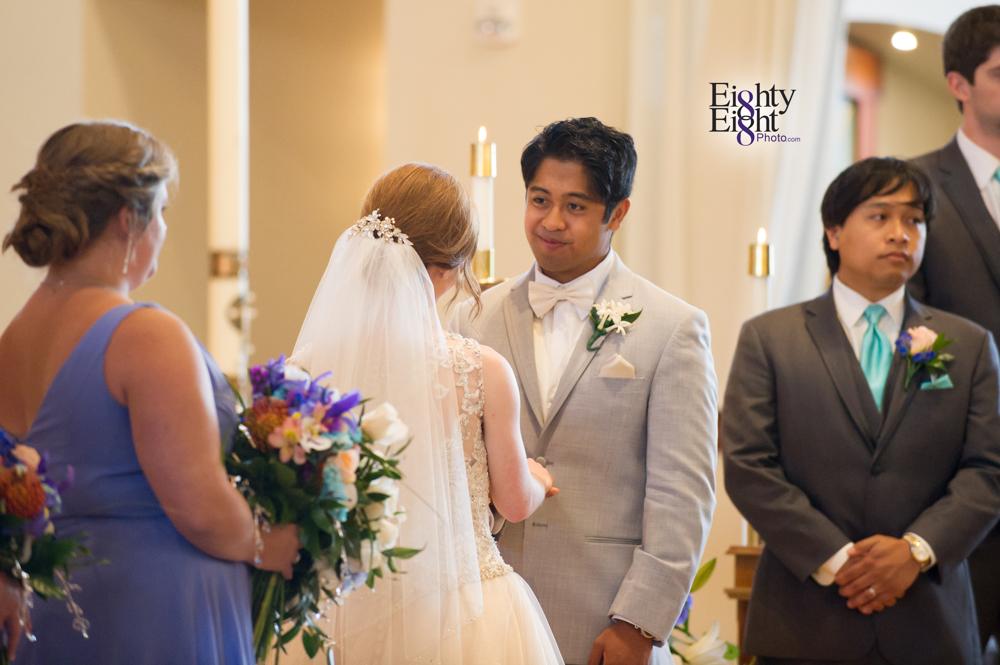 Eighty-Eight-Photo-Photographer-Photography-Ohio-700-Beta-Squires-Castle-Bride-Groom-Unique-Beautiful-21