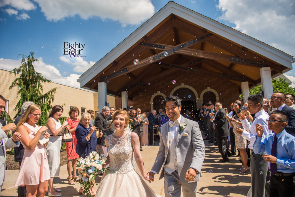 Eighty-Eight-Photo-Photographer-Photography-Ohio-700-Beta-Squires-Castle-Bride-Groom-Unique-Beautiful-28