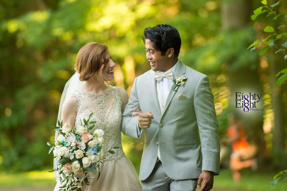 Eighty-Eight-Photo-Photographer-Photography-Ohio-700-Beta-Squires-Castle-Bride-Groom-Unique-Beautiful-42