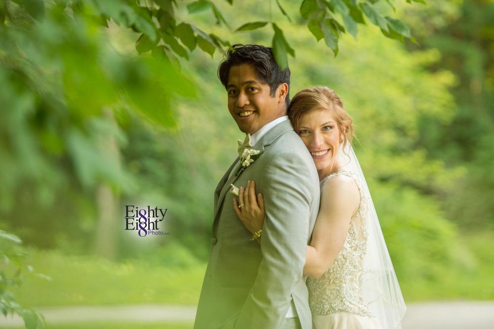 Eighty-Eight-Photo-Photographer-Photography-Ohio-700-Beta-Squires-Castle-Bride-Groom-Unique-Beautiful-45