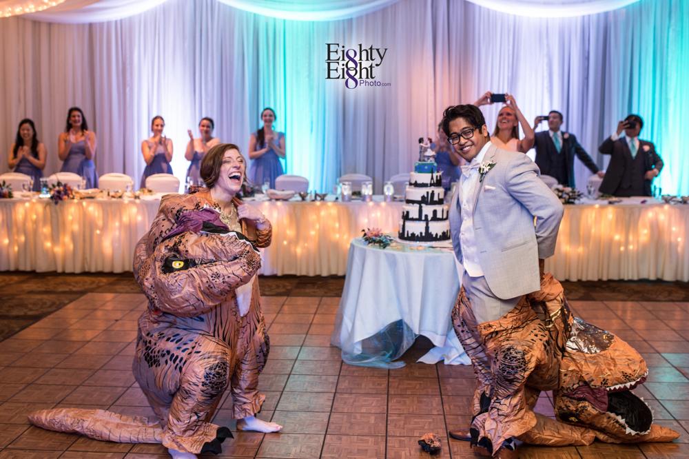 Eighty-Eight-Photo-Photographer-Photography-Ohio-700-Beta-Squires-Castle-Bride-Groom-Unique-Beautiful-52