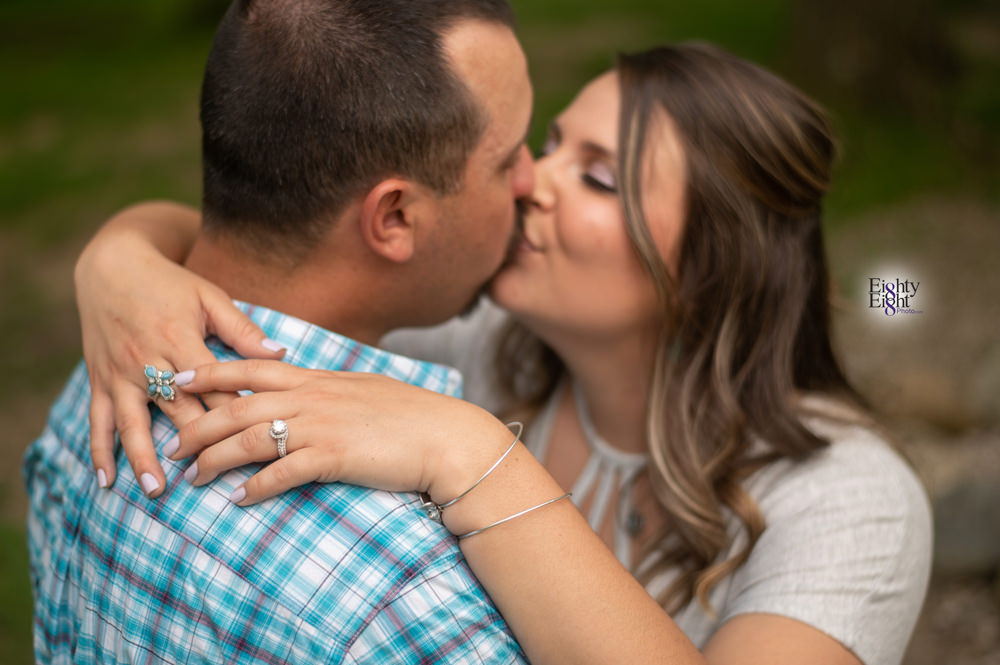 Eighty-eight-photo-blog-engagement-session-schoepfle